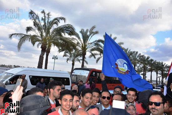 محافظ البحيرة يشارك فى مسيرة حاشدة (2)
