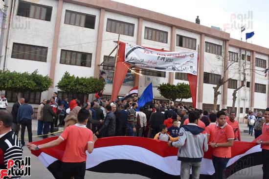 محافظ البحيرة يشارك فى مسيرة حاشدة (5)