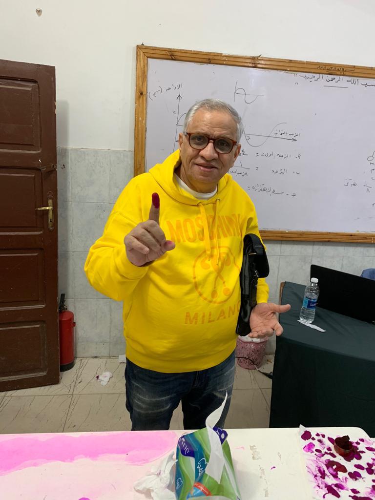 احمد السبكى يدلى بصوته (2)