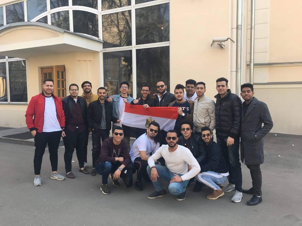 شباب مصرى فى موسكو يشارك فى استفتاء التعديلات الدستورية