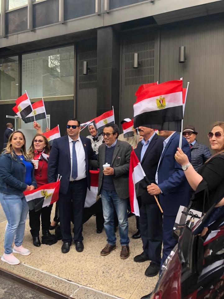 إقبال من المصريين للمشاركة فى الاستفتاء