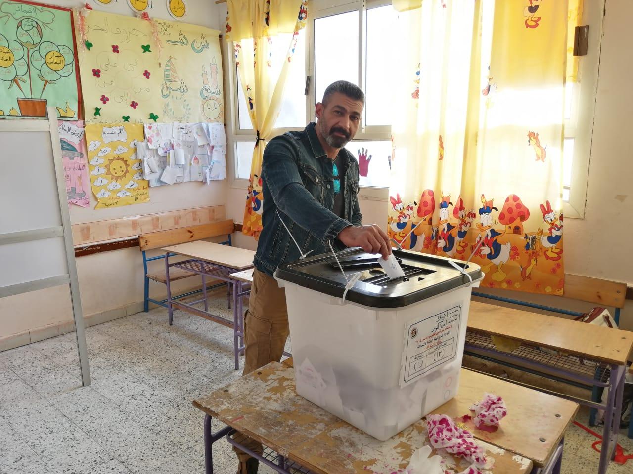 الفنان ياسر جلال