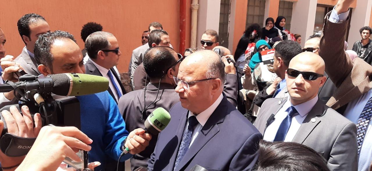 وزير التنمية المحلية ومحافظ القاهرة يتفقدان اللجان بالزمالك  (1)