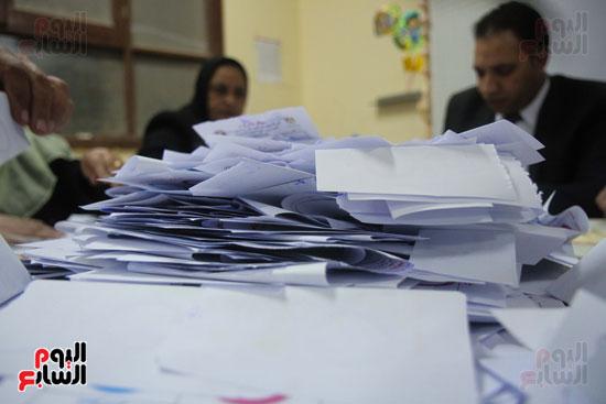 فرز اصوات الاستفتاء على التعديلات الدستورية (34)