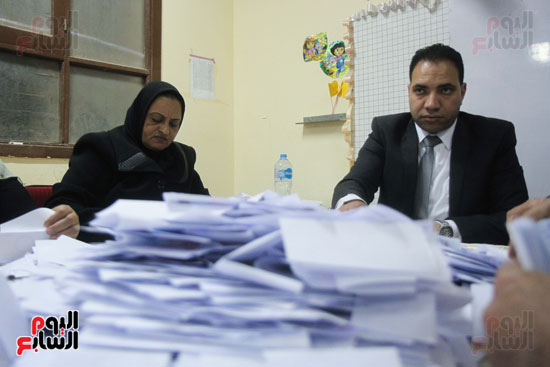 فرز اصوات الاستفتاء على التعديلات الدستورية (36)