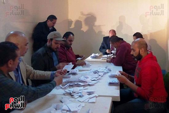فرز أصوات الاستفتاء على التعديلات الدستورية فى ماسبيرو (1)