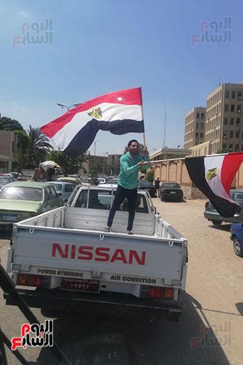 مسيرات-بالسيارات-فى-الإسماعيلية-لحث-المواطنين-على-النزول-للتصويت-على-الاستفتاء-(3)