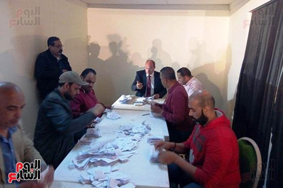 فرز أصوات الاستفتاء على التعديلات الدستورية فى ماسبيرو (3)