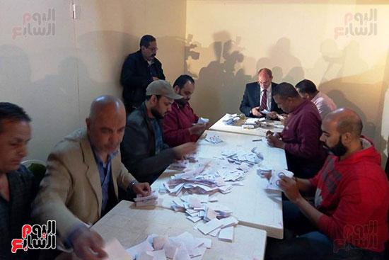 فرز أصوات الاستفتاء على التعديلات الدستورية فى ماسبيرو (6)