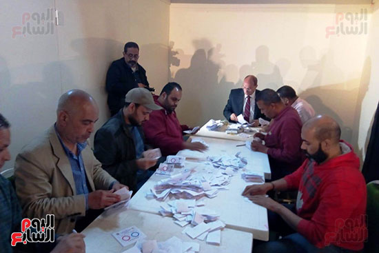 فرز أصوات الاستفتاء على التعديلات الدستورية فى ماسبيرو (4)
