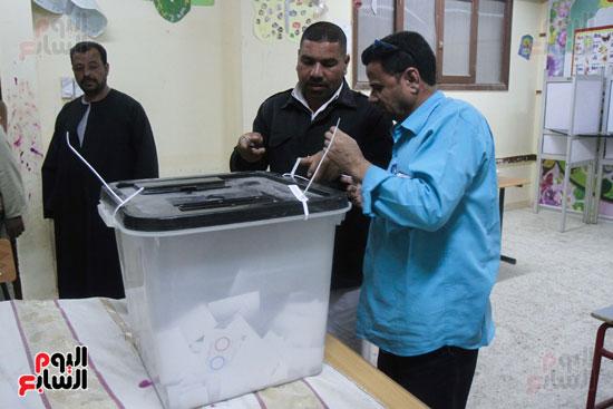 فرز اصوات الاستفتاء على التعديلات الدستورية (27)