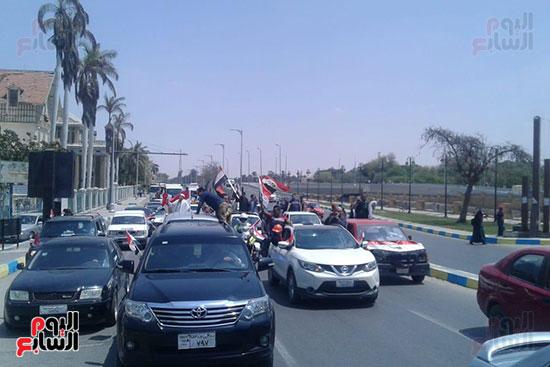 مسيرات-بالسيارات-فى-الإسماعيلية-لحث-المواطنين-على-النزول-للتصويت-على-الاستفتاء-(2)