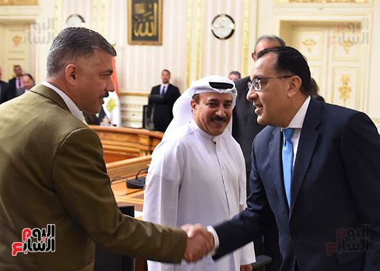 رئيس الوزراء يلتقى رؤساء البورصات العربية  (6)