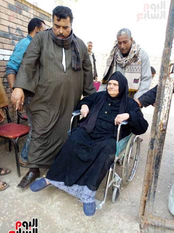 اقبال-كبير--على-لجان-الاستفتاء-بقرى-محافظة-الغربية-(2)
