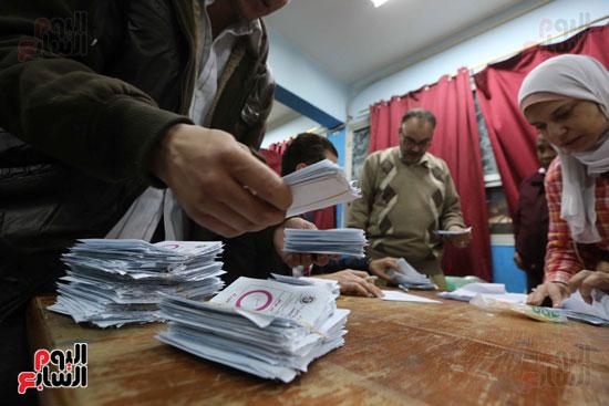 فرز اصوات الاستفتاء على التعديلات الدستورية (22)