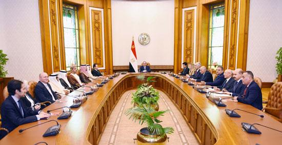 السيسى يؤكد على أهمية صياغة خطة عمل استراتيجية عربية لاستثمار طاقات الشباب (6)