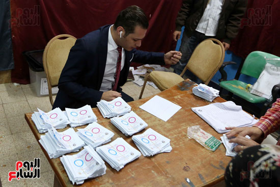 فرز اصوات الاستفتاء على التعديلات الدستورية (20)