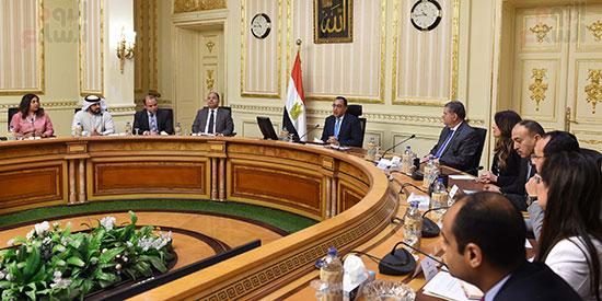 رئيس الوزراء يلتقى رؤساء البورصات العربية  (10)