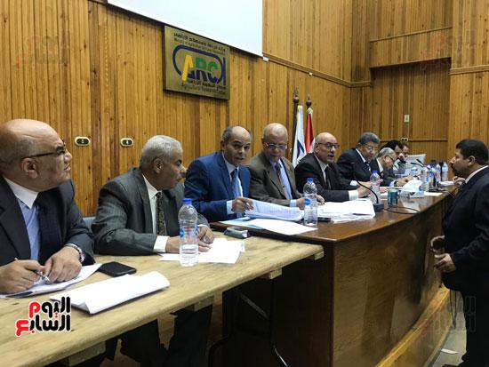 اللجنة العامة بمركز البحوث الزراعية بالجيزة (3)