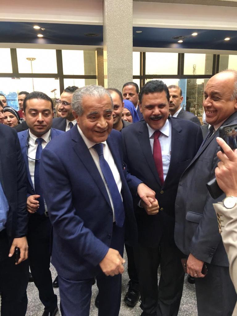 الدكتور على المصيلحى وزير التموين  والدكتور احمد ابو اليزيد
