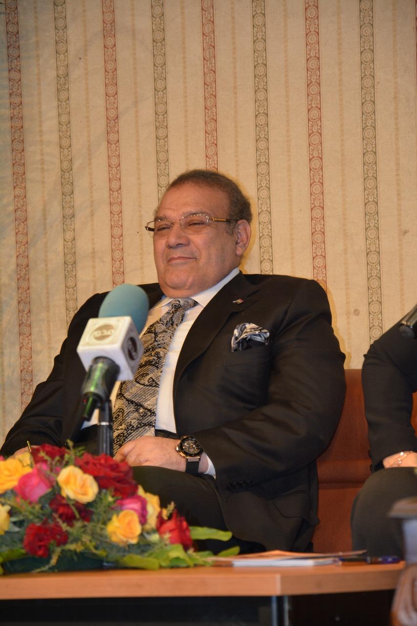 الدكتور حسن راتب رئيس مجلس أمناء جامعة سيناء (12)