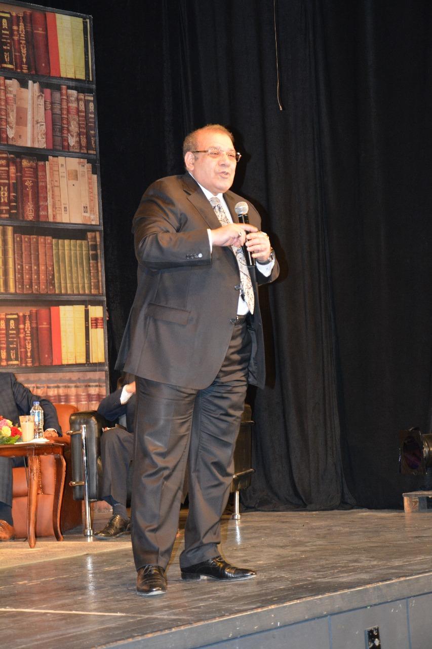 الدكتور حسن راتب رئيس مجلس أمناء جامعة سيناء (13)