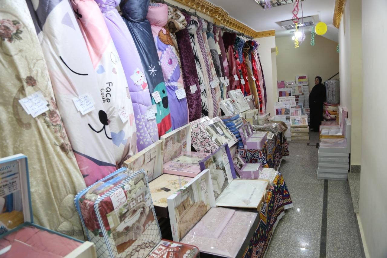 افتتاح معرض لبيع المنتجات الغذائية (6)