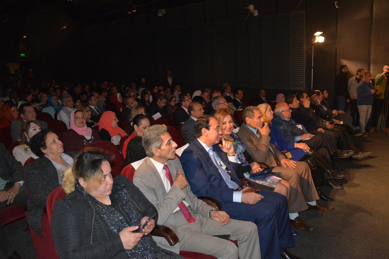 الدكتور حسن راتب رئيس مجلس أمناء جامعة سيناء (9)