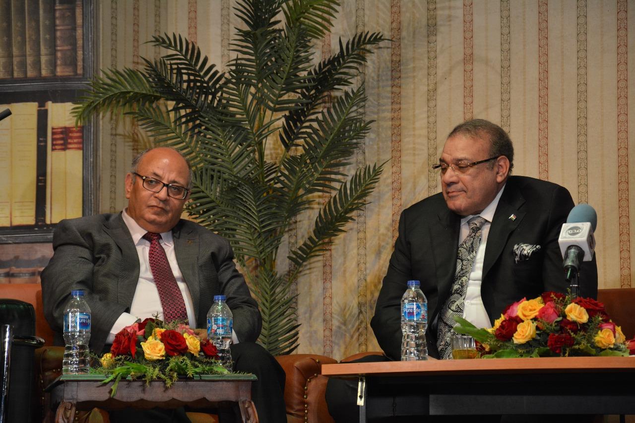الدكتور حسن راتب رئيس مجلس أمناء جامعة سيناء (2)