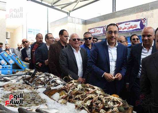 مصطفى مدبولى سوق السمك (4)