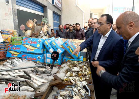 مصطفى مدبولى سوق السمك (2)