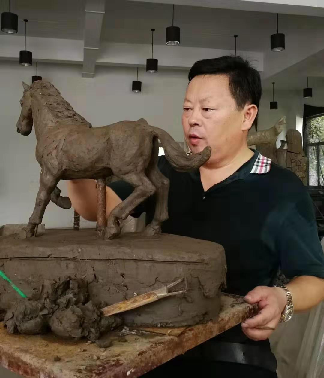 أعمال النحات الصينى (9)