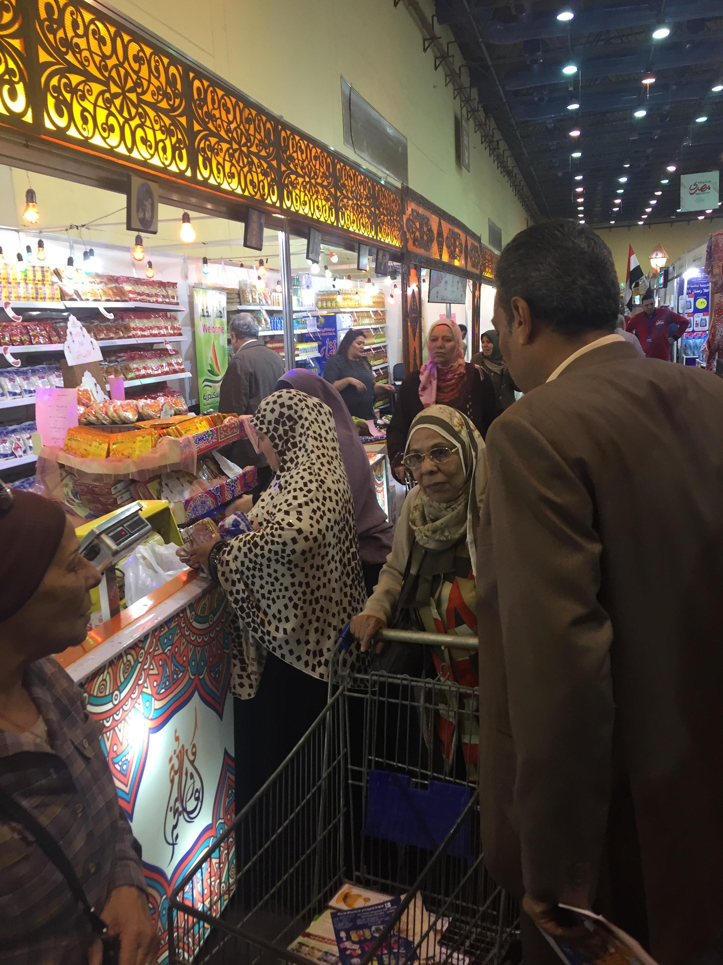 معرض سوبر ماركت أهلا رمضان (6)