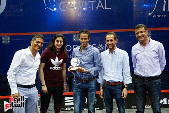 عمرو منسي ونور الشربيني يشهدان توزيع الجوائز ببطولة الجونة للرواد للأسكواش (6)