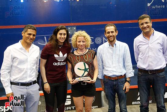 عمرو منسي ونور الشربيني يشهدان توزيع الجوائز ببطولة الجونة للرواد للأسكواش (3)