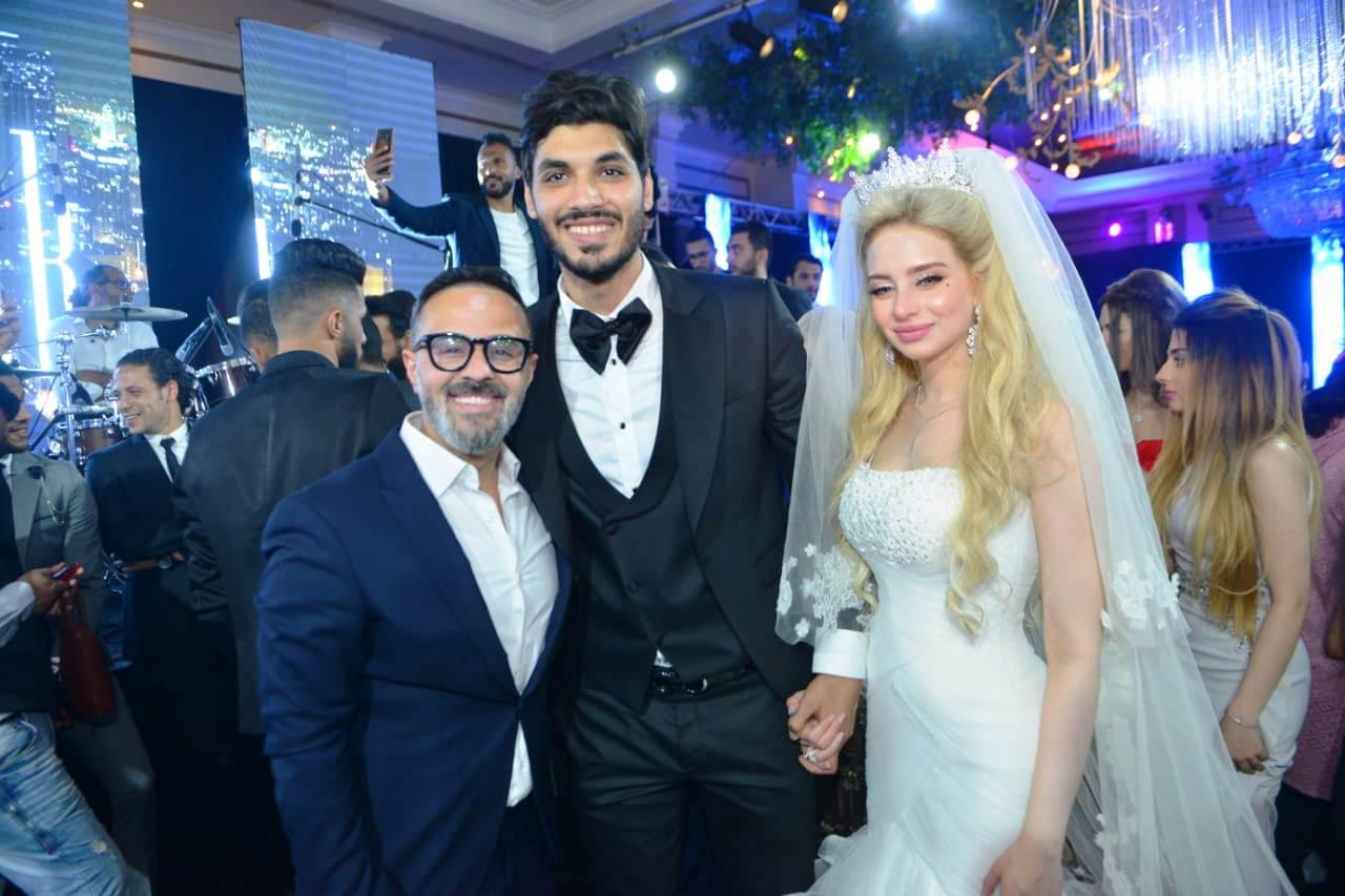نجوم الأهلى والزمالك وبيراميدز يلتقون فى حفل زفاف على جبر (10)