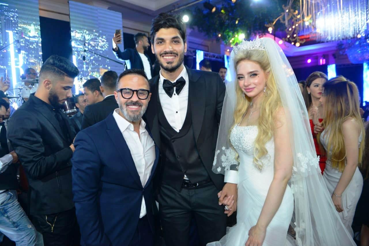 نجوم الأهلى والزمالك وبيراميدز يلتقون فى حفل زفاف على جبر (2)