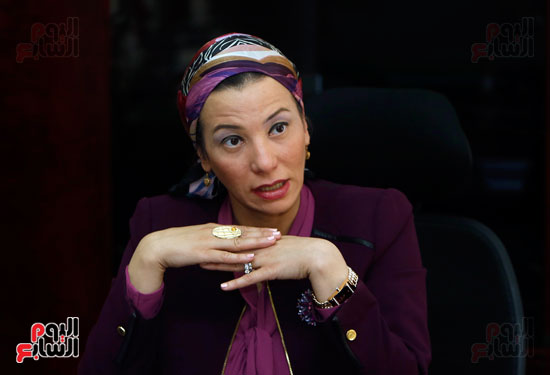 الدكتورة ياسمين فؤاد وزيرة البيئة (4)