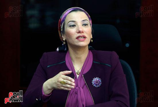 الدكتورة ياسمين فؤاد وزيرة البيئة (3)
