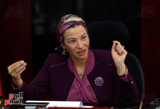 الدكتورة ياسمين فؤاد وزيرة البيئة (6)