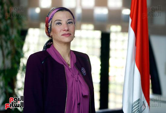 الدكتورة ياسمين فؤاد وزيرة البيئة (8)