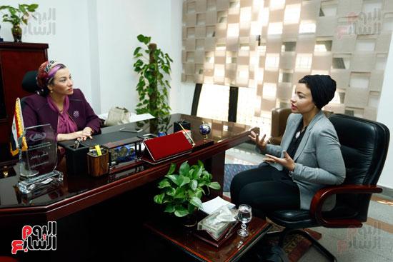 الدكتورة ياسمين فؤاد وزيرة البيئة (1)