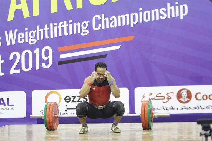 وزير الرياضة يتوج محمد إيهاب (18)