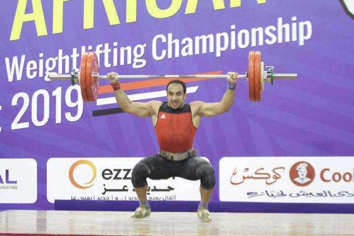 وزير الرياضة يتوج محمد إيهاب (11)