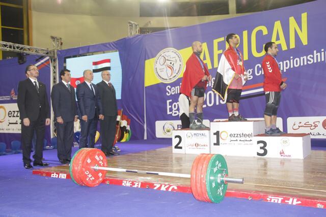 وزير الرياضة يتوج محمد إيهاب (4)