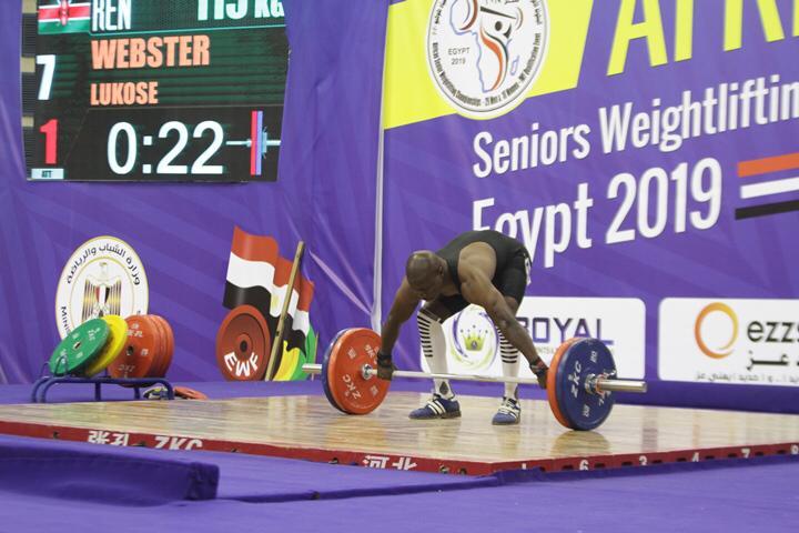 وزير الرياضة يتوج محمد إيهاب (13)