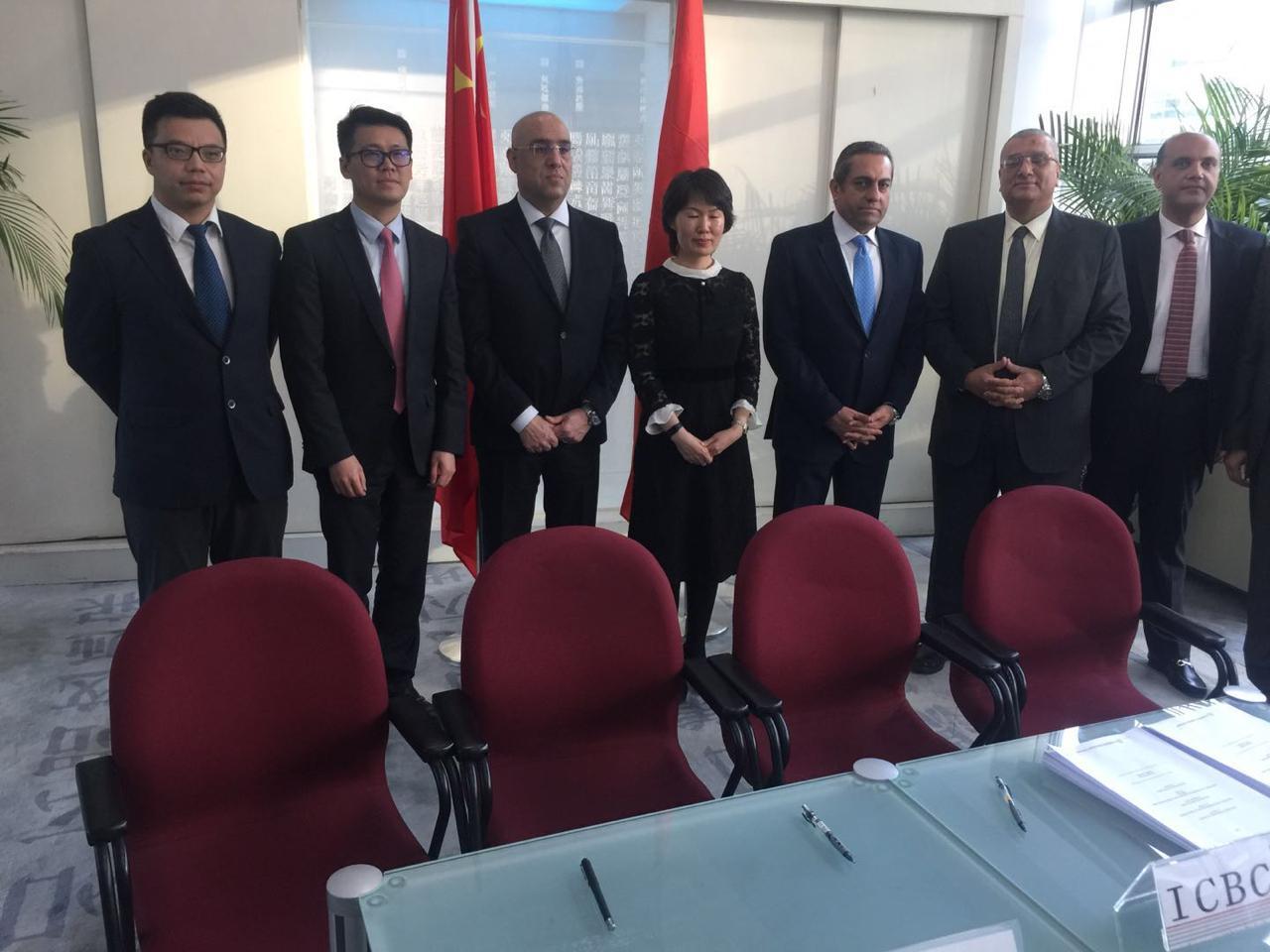 وزير الإسكان يشهد توقيع اتفاقية توقيع لتمويل حى المال والأعمال بالعاصمة الإدارية  (3)