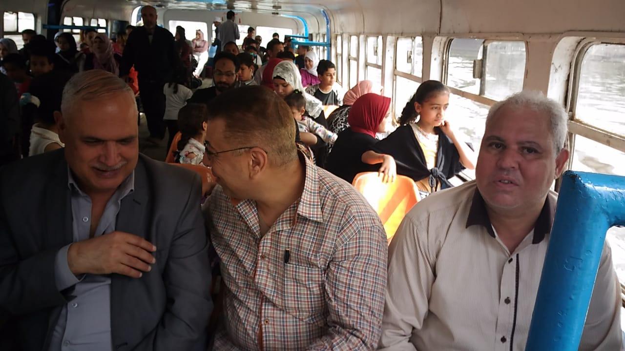 070864f0a6a7e مصر   صور.. رئيس هيئة النقل العام بالقاهرة يتفقد الجراجات والأتوبيس ...