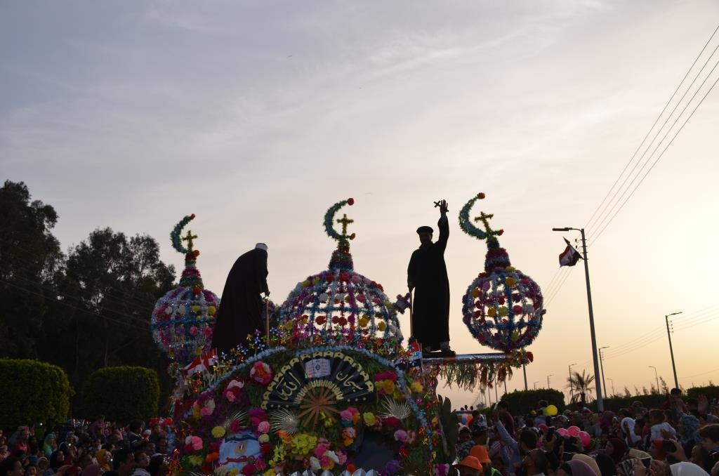 مراسم انطلاق كرنفال عربات الزهور السنوى لاحتفال أعياد الربيع وشم النسيم (2)