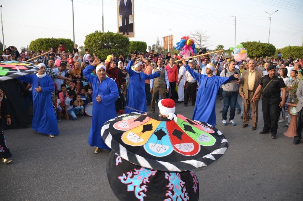 مراسم انطلاق كرنفال عربات الزهور السنوى لاحتفال أعياد الربيع وشم النسيم (10)
